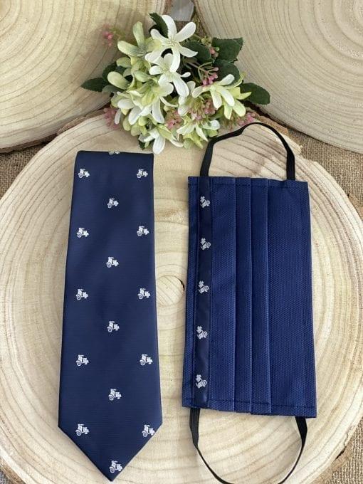 Conjunto de corbata y mascarilla con vespa. La Casa Del Cofrade