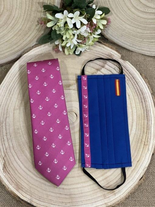 Conjunto de mascarilla y corbata rosa con el ancla de Triana, La Casa Del Cofrade
