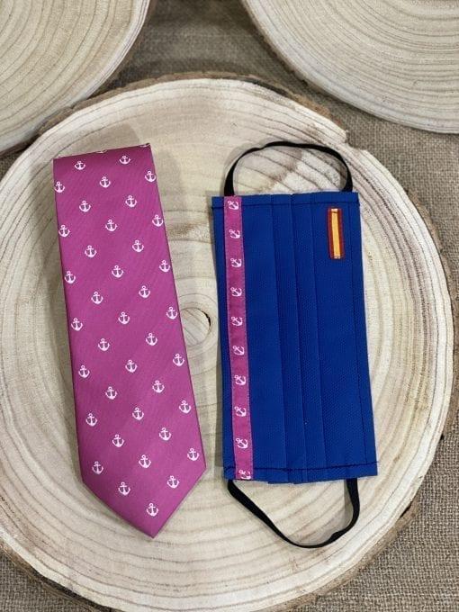 Conjunto de corbata y mascarilla rosas de anclas de Triana, La Casa Del Cofrade