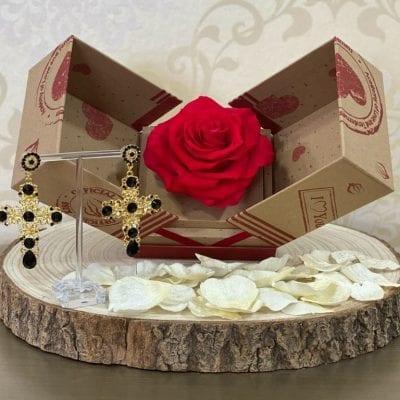 Conjunto 5 rosa preservada y pendientes